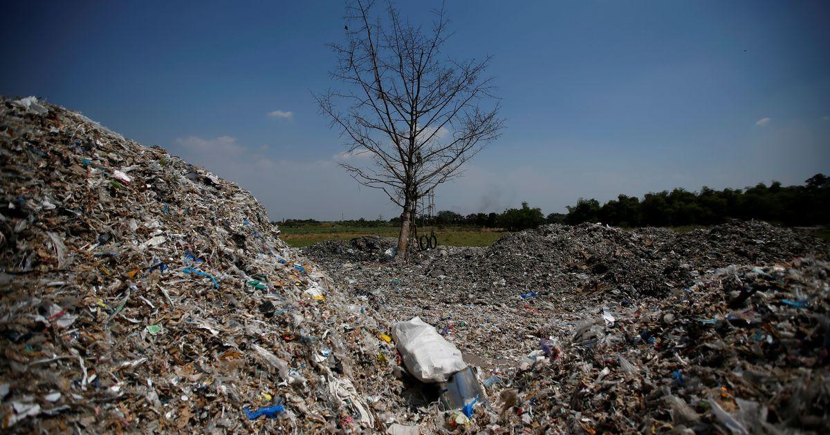 Фото Россиянам пригрозили мусорным кризисом