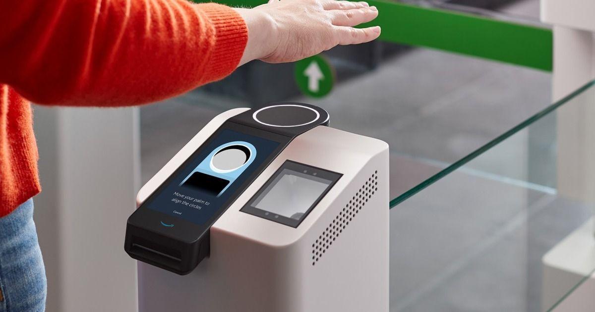 Фото Amazon представила технологию оплаты покупок ладонью
