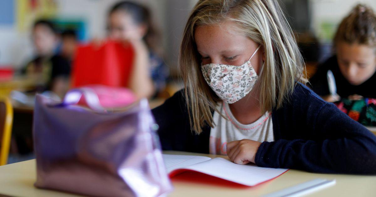 Фото Московская мэрия может вернуть школьников на удаленное обучение