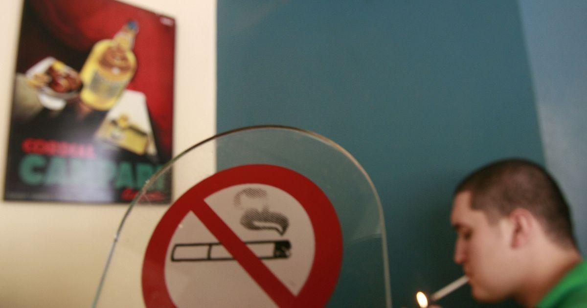 Фото Исследование: работодатели стали чаще брать на работу курящих сотрудников