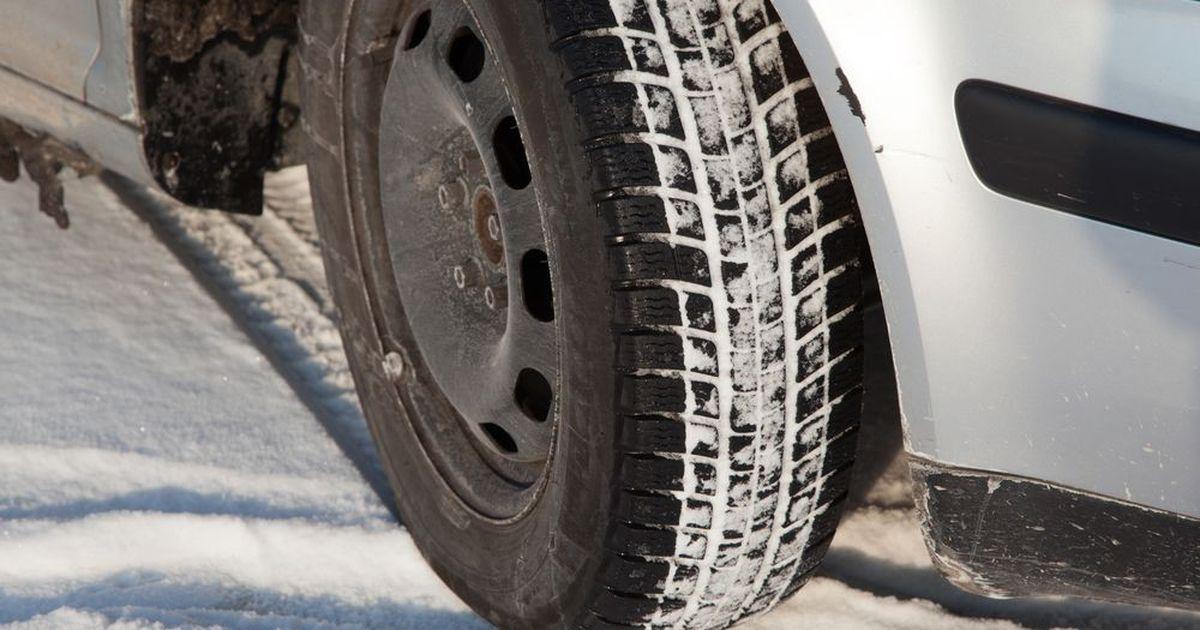 Фото МВД предлагает запретить автовладельцам ездить зимой на летней резине