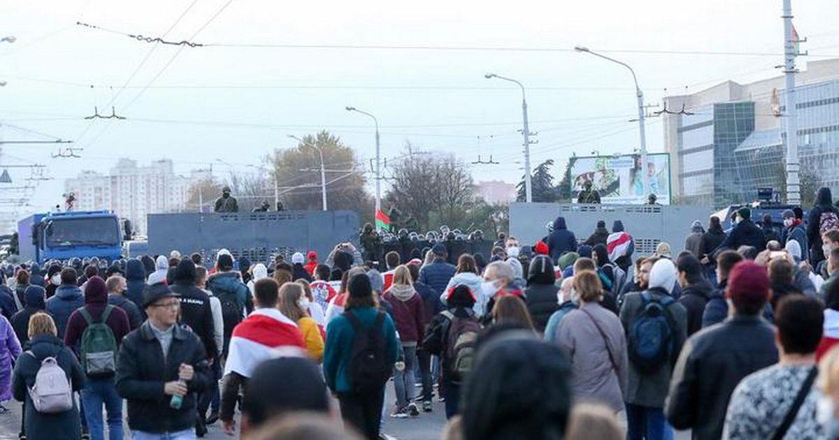 Фото В Минске силовики применили спецсредства для разгона демонстрантов